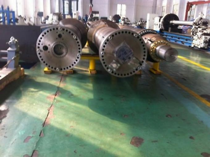 Customized Double Acting Hydraulic Ram Two Way Welded Cylinder Pin Eye 2400mm Stroke